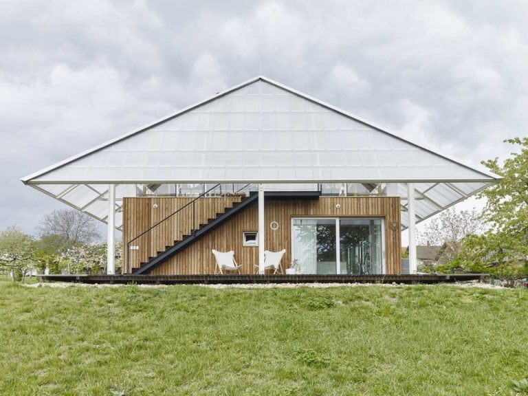 transparent residential roof on shed